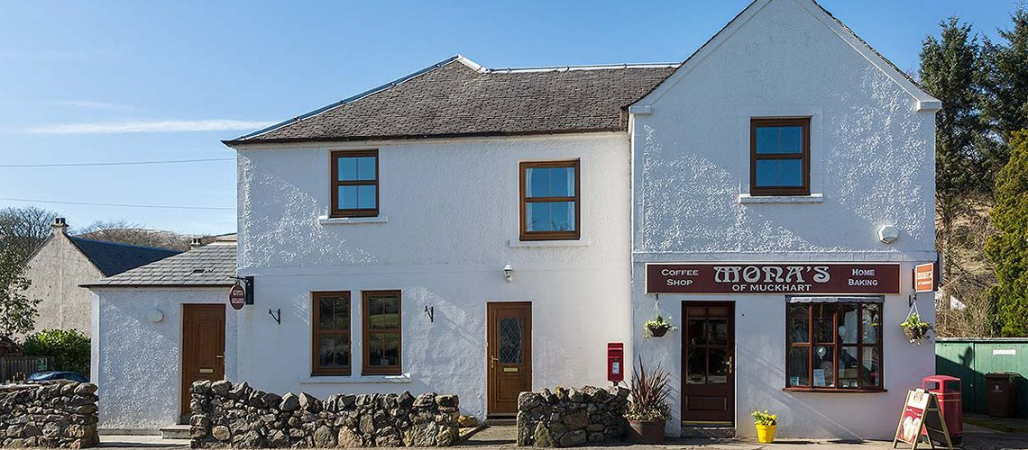 You can be sure of good food and a warm welcome at Mona's of Muckhart